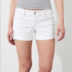 Hollister Cute mid length denim shorts